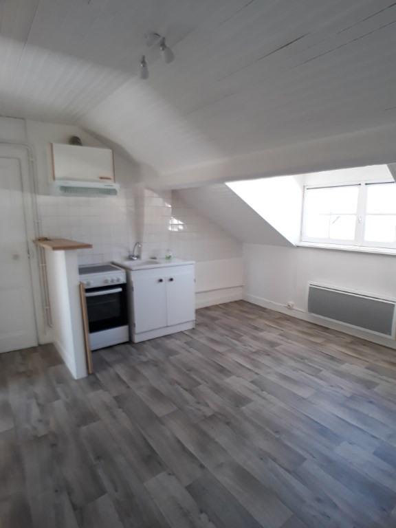 Rental apartment Limoges 330€ CC - Picture 1