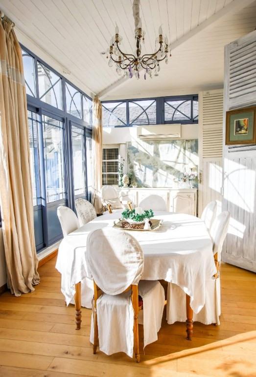 Sale house / villa Gelos 461000€ - Picture 1