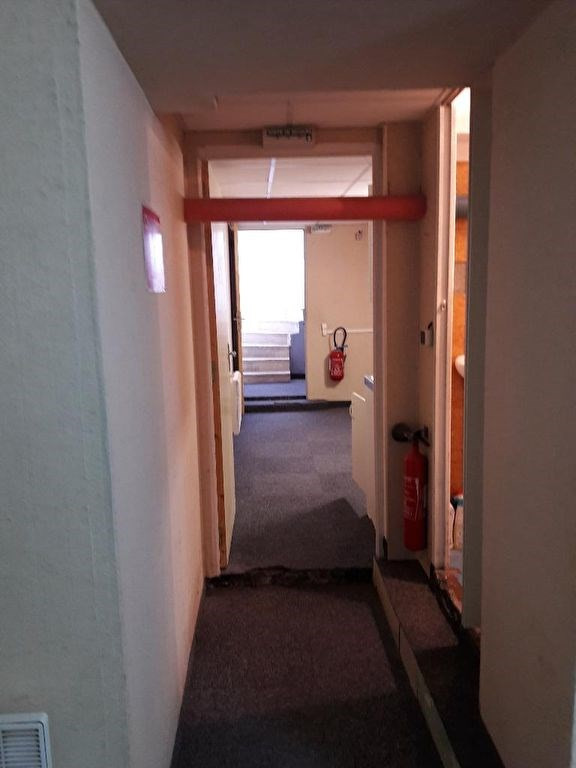 Rental empty room/storage Villebon sur yvette 920€ CC - Picture 5
