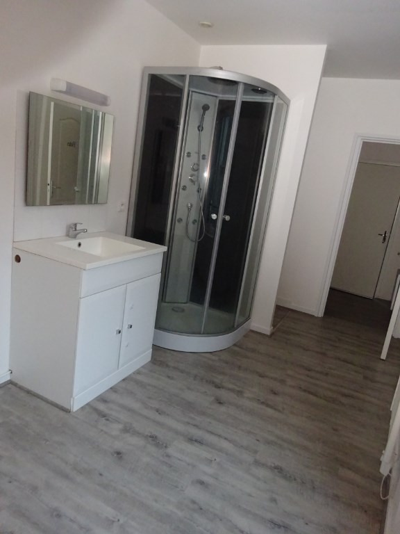Location appartement Saint junien 485€ CC - Photo 13
