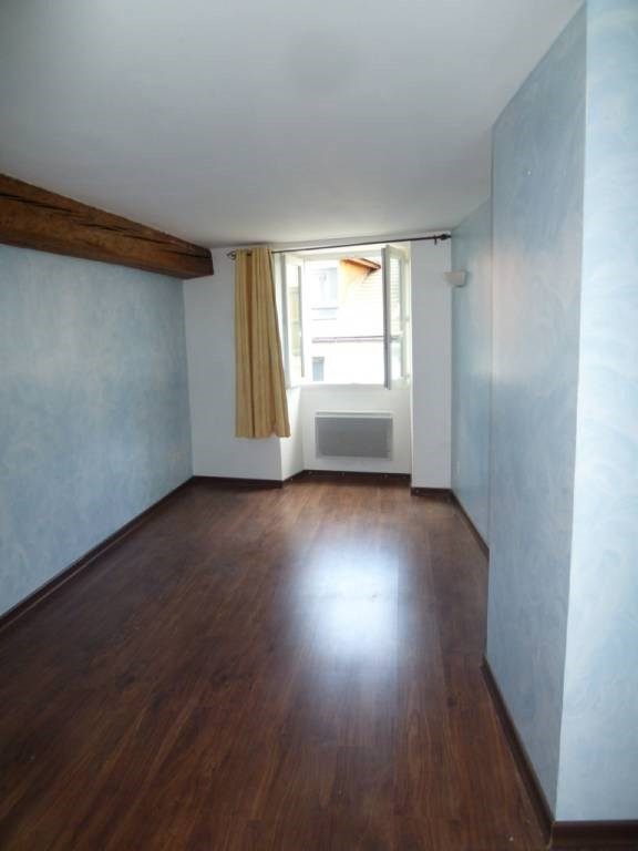 Location appartement Rives 460€ CC - Photo 5