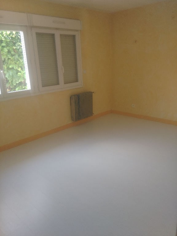 Location maison / villa Pibrac 906€ CC - Photo 6