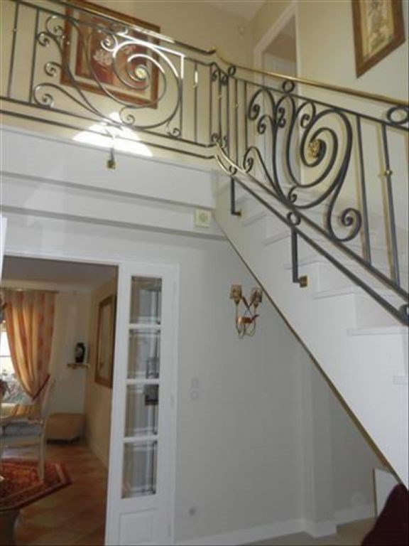 Revenda casa Nogent le roi 399000€ - Fotografia 6