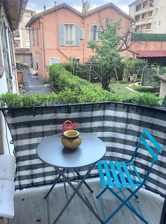 Sale apartment Saint laurent du var 280000€ - Picture 6