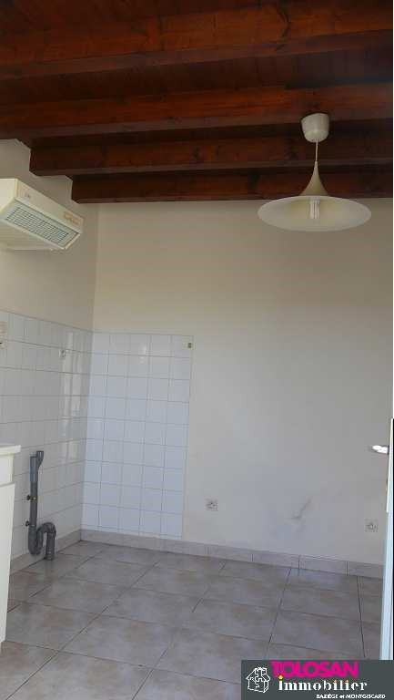 Location maison / villa Villenouvelle 480€ CC - Photo 8