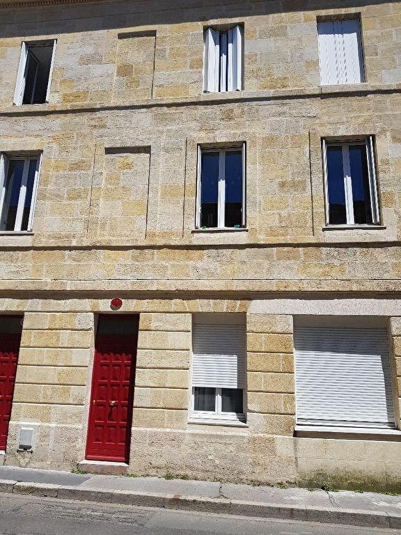 Bordeaux - 1 pièce (s) - 21 m²