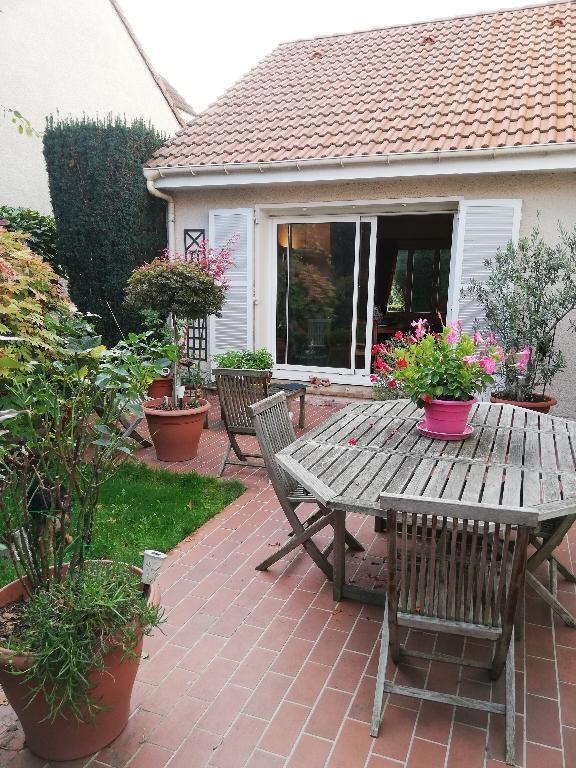 Vente maison / villa Franconville 416000€ - Photo 1