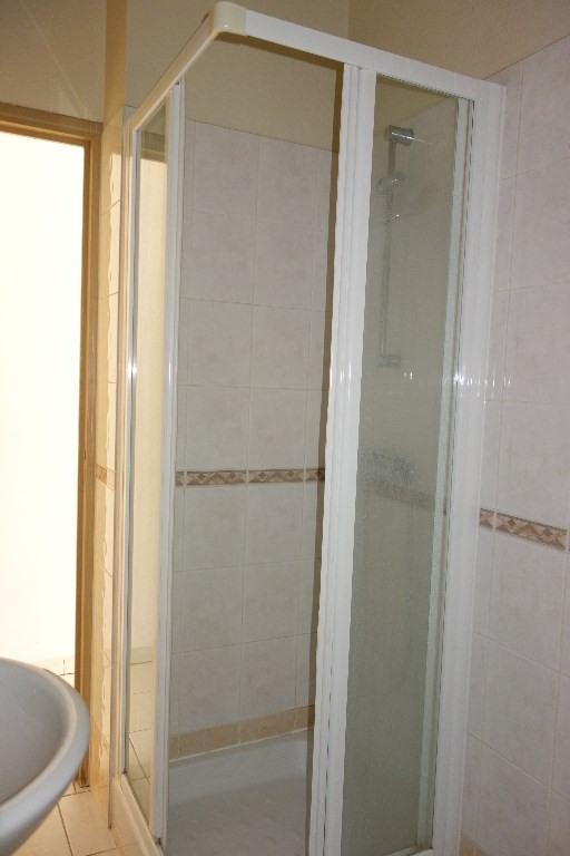 Locação apartamento Toulon 500€ CC - Fotografia 9