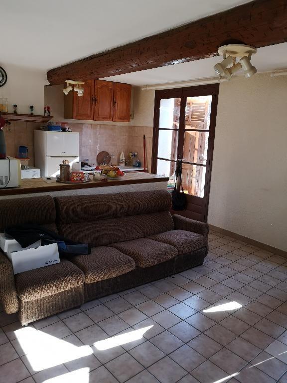 Revenda edifício Cuers 339200€ - Fotografia 3