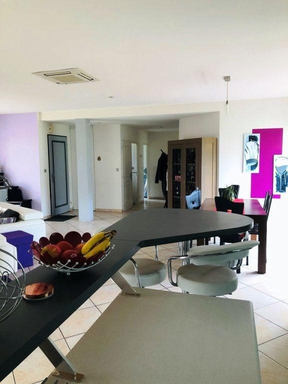 Sale house / villa Cherves richemont 299000€ - Picture 3