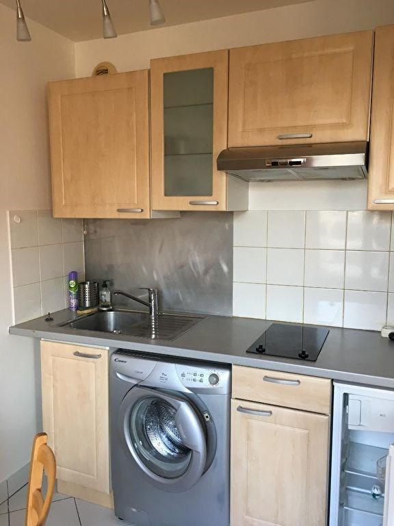 Location appartement Levallois perret 949€ CC - Photo 3