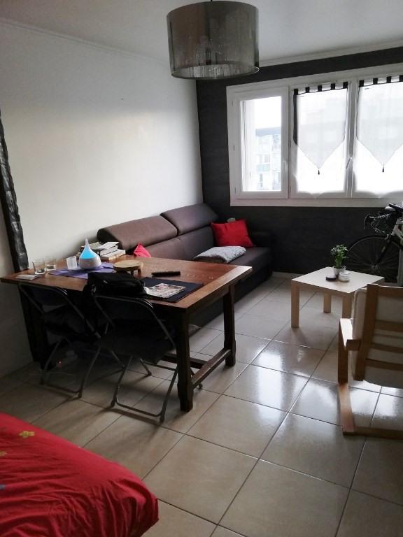 Sale apartment Montigny les cormeilles 99500€ - Picture 2