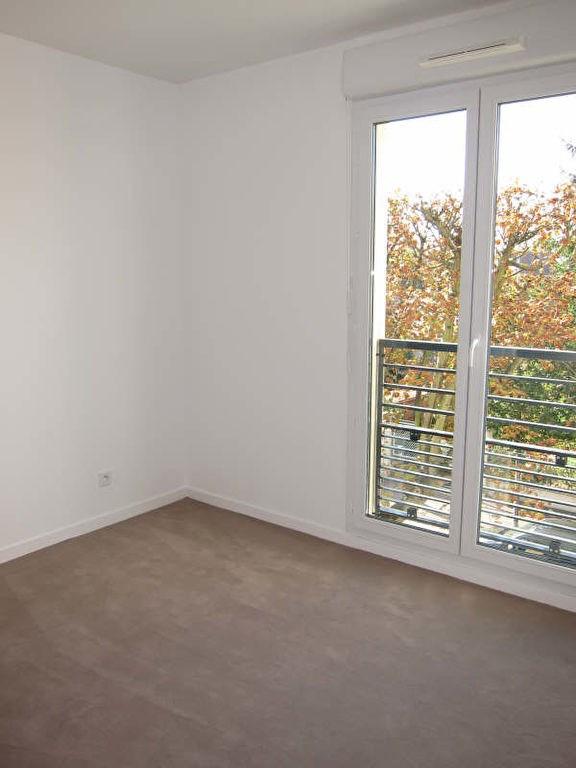 Rental apartment Chatou 795€ CC - Picture 3