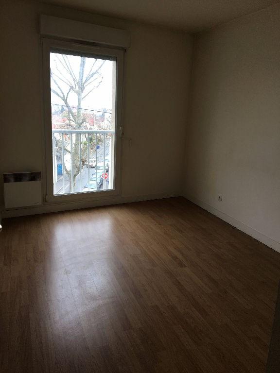 Location appartement Noisy le sec 890€ CC - Photo 5