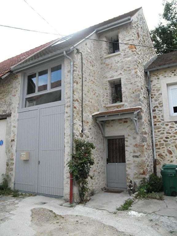 Location maison / villa Saulx les chartreux 775€ CC - Photo 1
