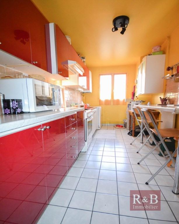 Sale house / villa Plaisir 335000€ - Picture 4