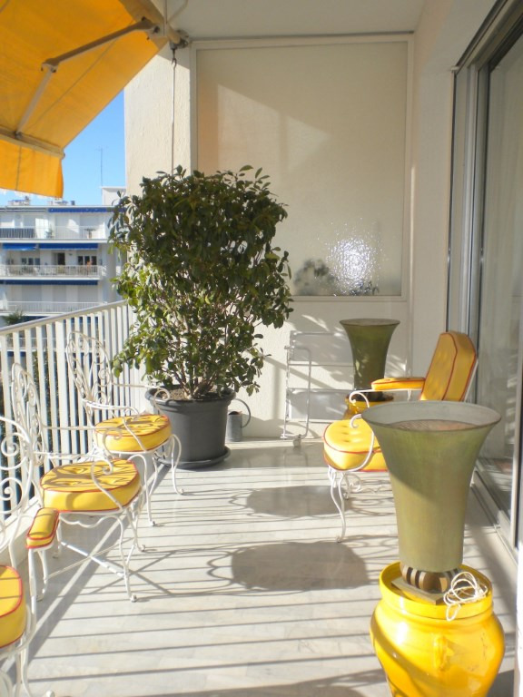Deluxe sale apartment Nice 585000€ - Picture 6