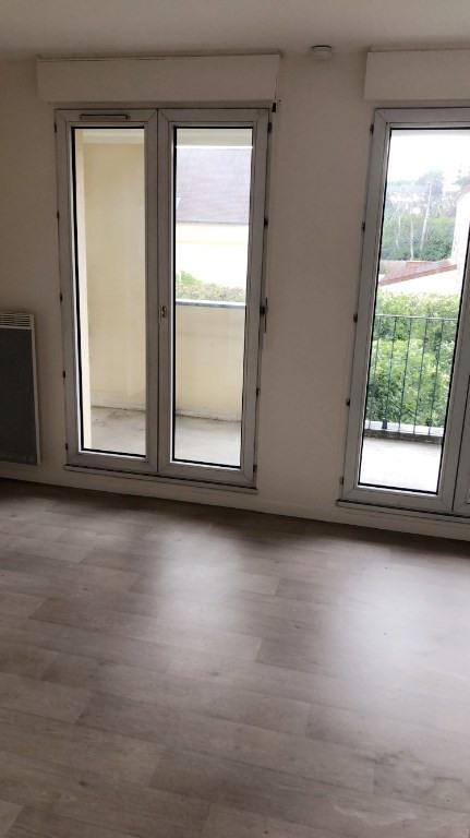 Rental apartment Poissy 595€ CC - Picture 2