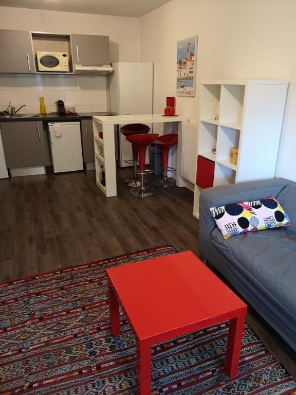 Sale apartment Pessac 219000€ - Picture 5