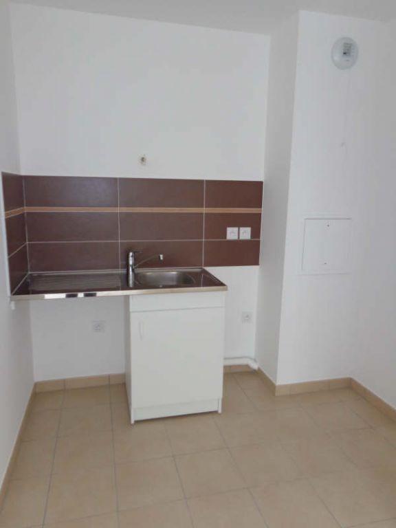 Rental apartment Bretigny sur orge 746€ CC - Picture 2