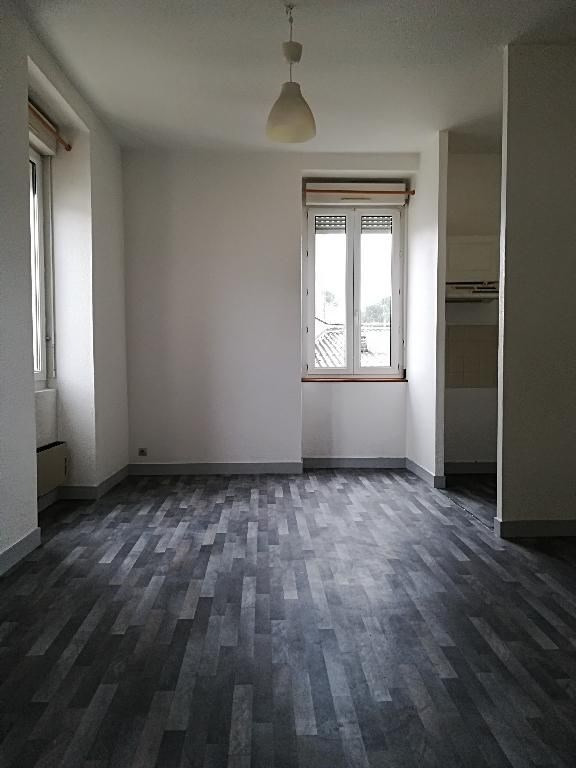 Location appartement Biscarrosse 468€ CC - Photo 1