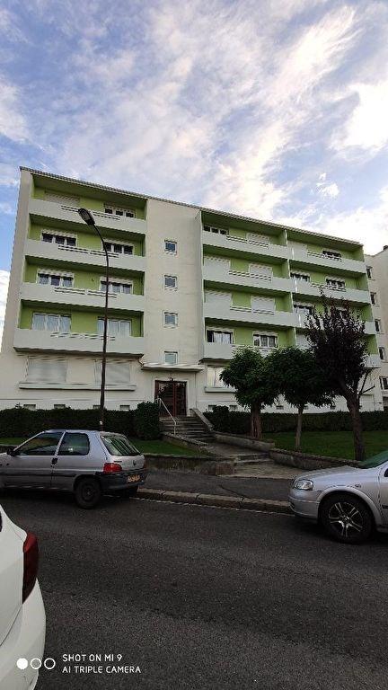 Location appartement Saint quentin 565€ CC - Photo 3
