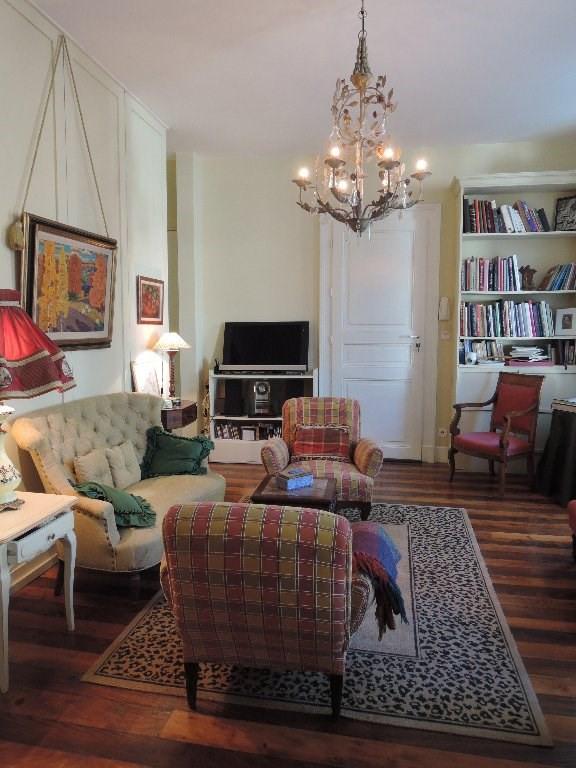 Sale apartment Bagneres de luchon 200000€ - Picture 3