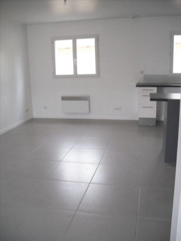 Location maison / villa Belbeuf 830€ CC - Photo 2