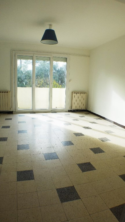 Location appartement Toulon 699€ CC - Photo 3