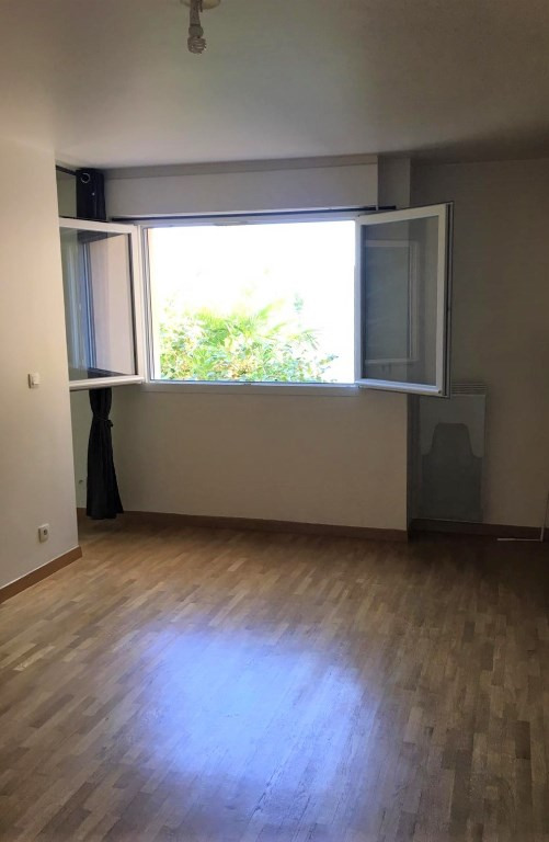 92-la Garenne colombes location 2 pièces 32m² + parking
