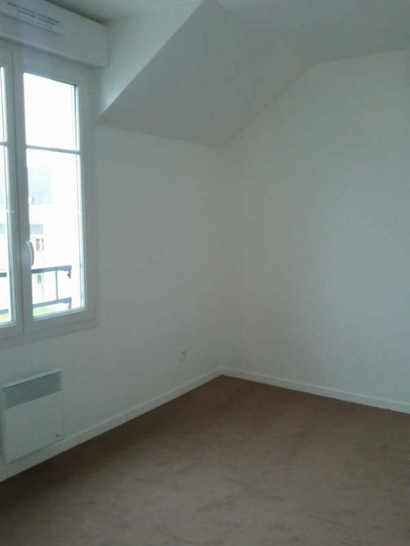 Rental apartment Marolles en hurepoix 870€ CC - Picture 3