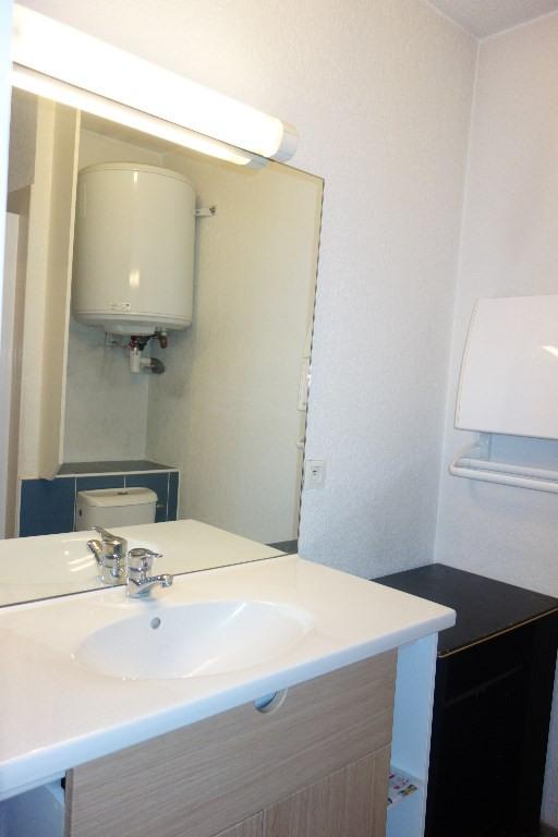 Locação apartamento Toulon 463€ CC - Fotografia 5
