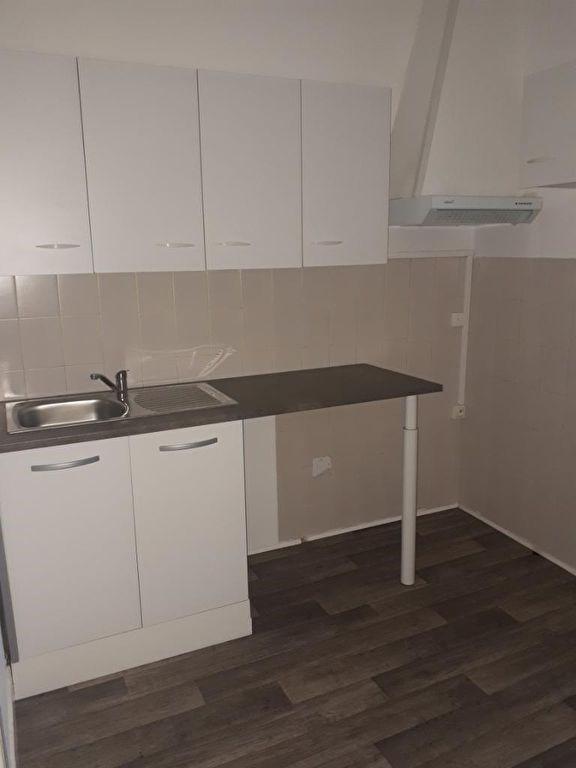 Rental apartment Saint omer 504€ CC - Picture 3