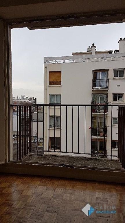 Location appartement Paris 20ème 883€ CC - Photo 2