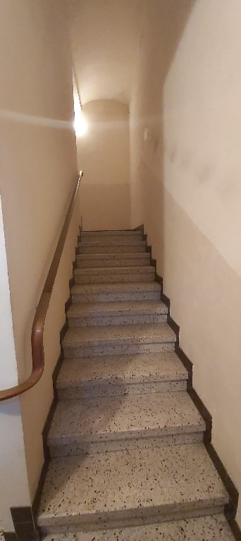 Produit d'investissement immeuble Rousson 199900€ - Photo 3