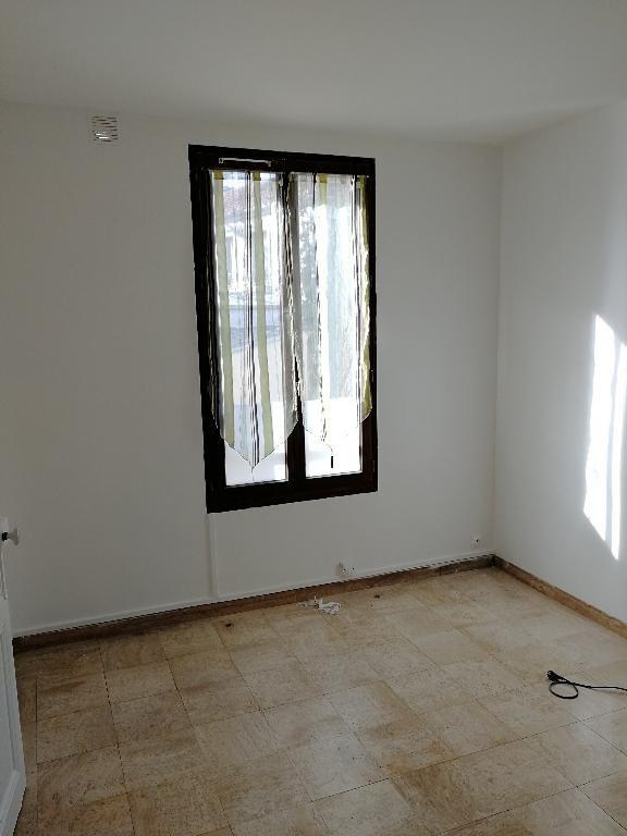 Location appartement Villeneuve saint georges 550€ CC - Photo 3