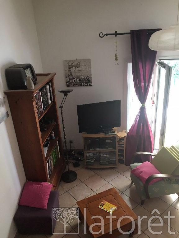 Sale house / villa L isle d'abeau 164000€ - Picture 4