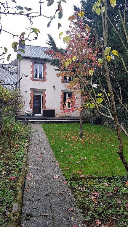 Rental house / villa Laval 918€ CC - Picture 1