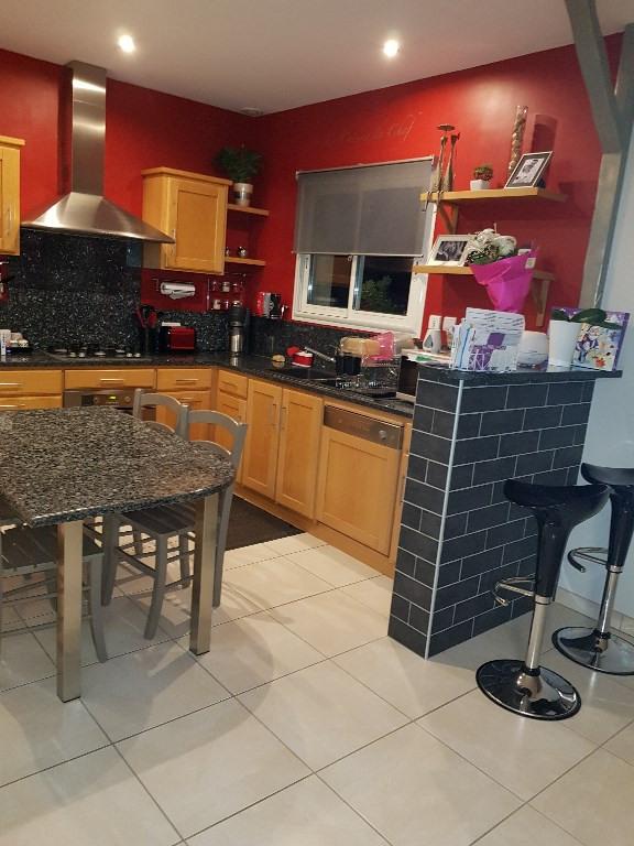 Sale house / villa Lasseube 273000€ - Picture 2