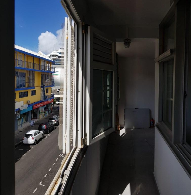 Location appartement Pointe a pitre 745€ CC - Photo 11