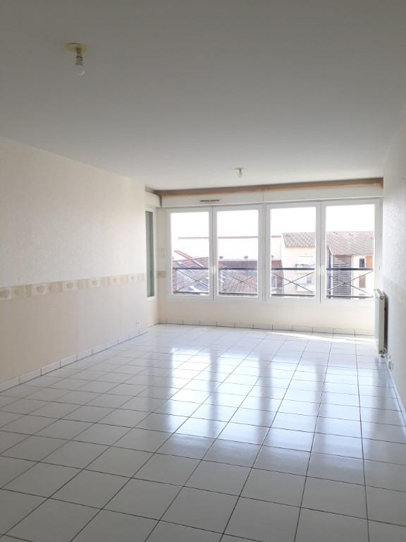 Rental apartment Limoges 700€ CC - Picture 1