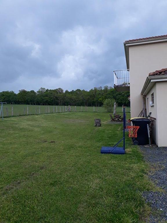 Rental house / villa Jourgnac 800€ CC - Picture 3