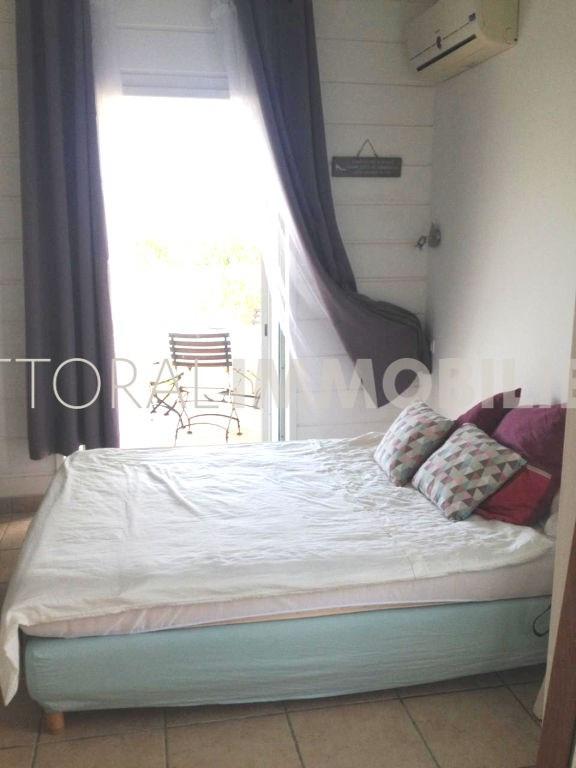 Location maison / villa Saint gilles les bains 1300€ CC - Photo 6