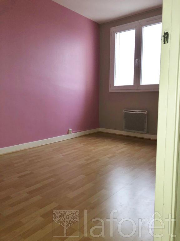 Sale apartment Bourgoin jallieu 625€ - Picture 4