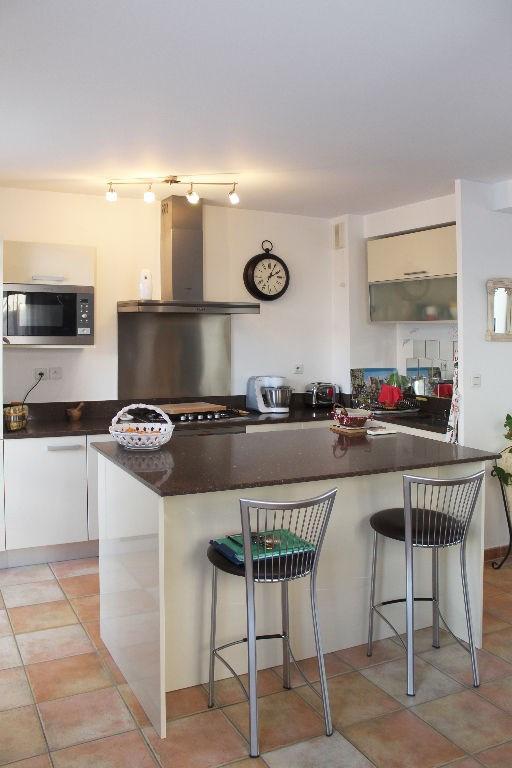 Vente maison / villa Mallemort 335000€ - Photo 5