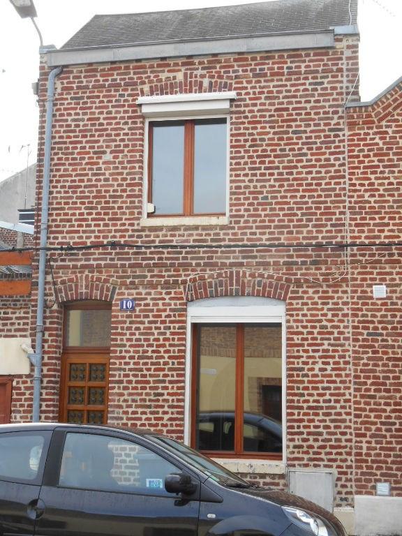 Rental house / villa Saint quentin 490€ CC - Picture 4