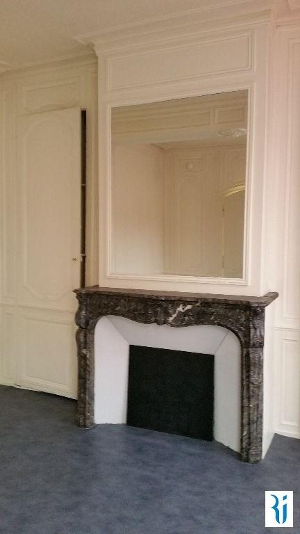 Location appartement Rouen 460€ CC - Photo 2