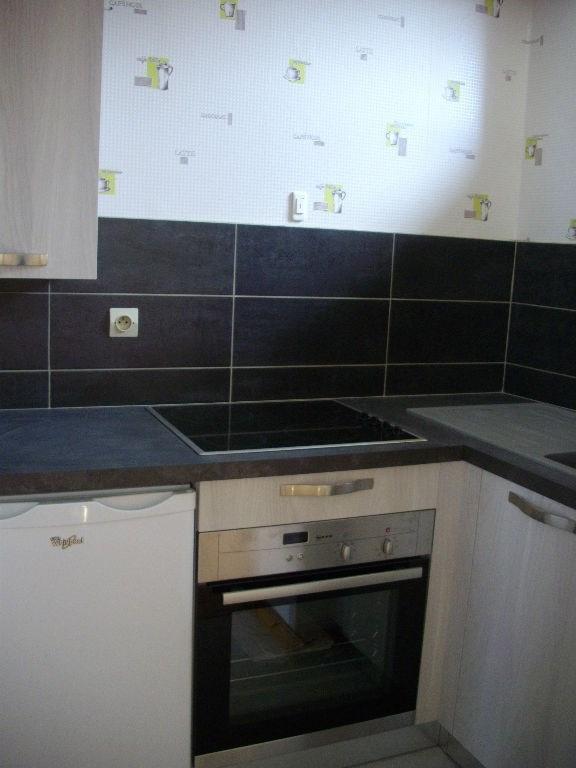 Location appartement Aire sur la lys 353€ CC - Photo 5