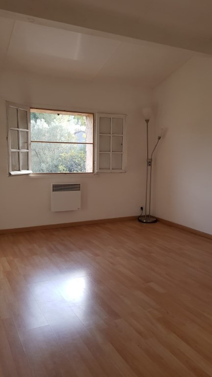 Rental house / villa Draguignan 1250€ CC - Picture 4