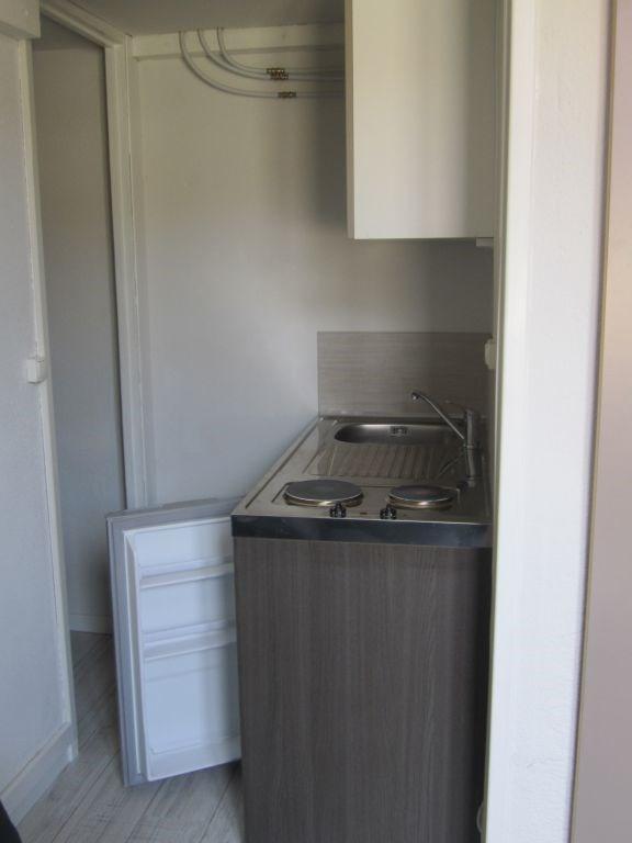 Rental apartment Nice 425€ CC - Picture 3